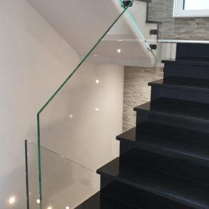 Glasgeländer für Treppenhaus